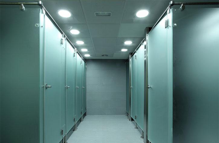Cabinas De Baño Fenolicas: de cabinas fenólicas y taquillas con diferentes sistemas de cierre y